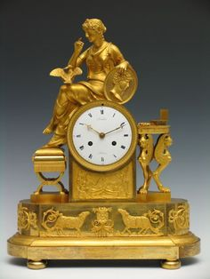"Reloj francés época Imperio hacia 1810 de bronce dorado, por ""Chambelain a Reims"". ""La Carta de Amor"" Caja diseñada por Francois-Louis Savart 50 x 16 x 40 cm 5.000 - 6.000 € Remate: 6.000 €"