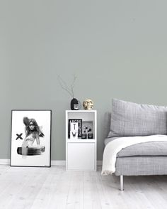Like the wall colour - minty breeze (LP) Pastel Interior, Interior Styling, Interior Design, Living Room Paint, Living Room Decor, Decorating Your Home, Interior Decorating, Cool Wall Art, Wall Colors