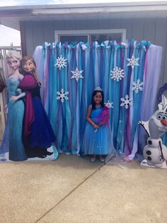 Frozen photo back drop by Bizzie Bee Creations