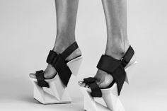 shoe company united nude print high heels resembling an ice block Fashion Heels, Vogue Fashion, United Nude, Ballet Shoes, Dance Shoes, Shoe Boots, Shoes Heels, Mode Shoes, Ice Blocks