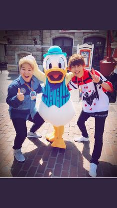 Harajuku, Disney Characters, Fictional Characters, Youtube, Style, Swag, Fantasy Characters, Youtubers, Outfits