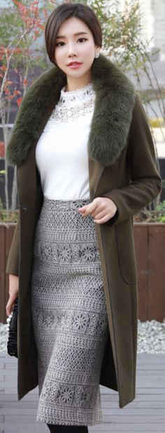 StyleOnme_Metal Decorative Closure Slim Fit Long Coat #elegant #warm #coat #koreanfashion #kstyle #kfashion #falltrend #feminine