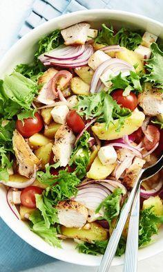Broileri-perunasalaatti | Maku Food N, Good Food, Food And Drink, Yummy Food, Salad Recipes, Diet Recipes, Vegetarian Recipes, Healthy Recipes, Healthy Food