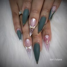 """7,090 Likes, 48 Comments - QuayNaild'it (@quaynaildit) on Instagram: """"✨every single day is a battle to stay strong✨ * * * *  #nailstagram @hudabeauty @vegas_nay…"""""""