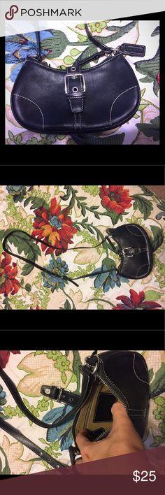 Black Coach purse Beautiful black Coach purse! Smoke free home. Coach Bags Crossbody Bags