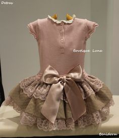Baby Girl Dress Patterns, Baby Clothes Patterns, Little Dresses, Little Girl Dresses, Baby Dress, Girls Dresses, Frilly Dresses, Cute Dresses, Kind Mode