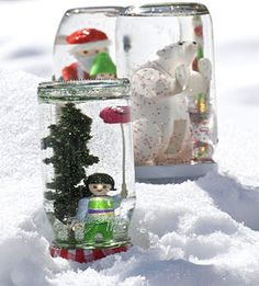 Fun Activities to Do in the Snow Shake It Up! Use strong glue to attach a plastic toy to the inside of a jar lid, then add baby oil and glitter for a homemade snow globe; it makes a fun souvenir of a great day. Holiday Crafts, Fun Crafts, Crafts For Kids, Nature Crafts, Homemade Snow Globes, Homemade Christmas, Fun Activities To Do, Winter Activities, Christmas Activities