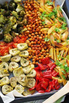 Pasta Salad, Hummus, Veggies, Vegan, Cooking, Ethnic Recipes, Food, Red Peppers, Crab Pasta Salad