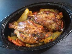 Κότσια χοιρινά με δενδρολίβανο και πορτοκάλι - Συνταγή εύκολες - Σχετικά με Κρέας, Χοιρινό - Ποσότητα 3-4 άτομα - Χρόνος ετοιμασίας λιγότερο από 90 λεπτά Good Food, Pork, Healthy Recipes, Healthy Food, Food And Drink, Turkey, Sweets, Chicken, Meat