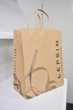 Lepsim Shopping Bag Shopping Bag Design, Paper Shopping Bag, Plastic Bag Crafts, Paper Bag Design, Plant Logos, Fashion Logo Design, Article Design, Cloth Bags, Tag Art