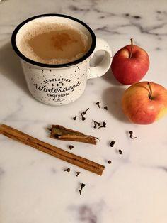 vegan apple cinnamon tea latte