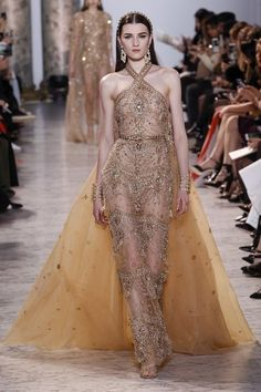 View the full Elie Saab Spring 2017 couture collection.