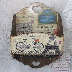 Фотографии моих Работ | 117 photos | VK Decoupage Art, Decoupage Vintage, Arte Country, Vintage Country, Tour Eiffel, Bastille, Casket, Gifts For Family, Wood Carving