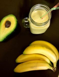 A perfect post workout smoothie: avocado and banana smoothie. It's both filling and delicious, I've named it the Avana Smoothie