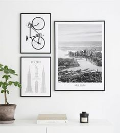 Gallery wall poster New York - Wall art with posters and art prints. Find inspiration for your personal wall art with posters & art prints from Posterstore.se Spice up your living room or bedroom. New York Poster, Frames On Wall, Framed Wall Art, Wall Art Prints, Organisation Des Photos, Gallary Wall, Picture Wall Living Room, Inspiration Wand, Picture Arrangements
