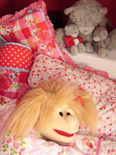 Pleuntje in bed