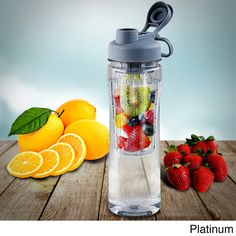 Now you can use fresh, natural ingredients to create your own personalized fruity, flavored drinks with this Tritan water bottle with fruit infuser. No need to settle with artificial ingredients. Stra