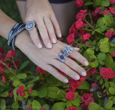 Rings set and long bracelet by Alehop