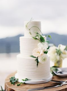 Remarkable Wedding Cake How To Pick The Best One Ideas. Beauteous Finished Wedding Cake How To Pick The Best One Ideas. Textured Wedding Cakes, Floral Wedding Cakes, Wedding Cake Rustic, Elegant Wedding Cakes, Wedding Cake Designs, Elegant Cakes, Floral Cake, Buttercream Wedding Cake, Amazing Wedding Cakes