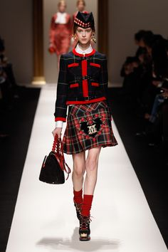 Moschino 2013-2014 fall/winter I love this look, especially as that skirt length will hit right at my knees!