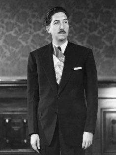 Miguel Alemán Valdés fue presidente de México el 1 de diciembre de 1946 al 30 de noviembre de 1952.