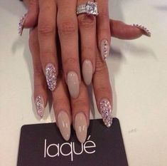 Looking for beautiful and trendy manicure ideas that will add sparkle to your nails? Check out our collection of best nails with rhinestones. Hot Nails, Nude Nails, Stiletto Nails, Hair And Nails, Pointed Nails, Neutral Nails, French Nails Glitter, Fancy Nails, Trendy Nails