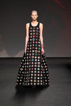 [No.44/53] Christian Dior 2013〜14年 秋冬オートクチュールコレクション | Fashionsnap.com Such an amazing dress <3