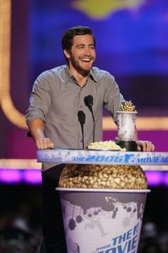Jake Gyllenhaal won Best Performance at the MTV movie awards for his role in Brokeback Mountain.