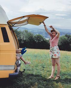 vacances en famille Combi WW jaune van life Combi Ww, Lily Pulitzer, Dresses, Fashion, Family Travel, Family Vacations, Yellow, Vestidos, Moda