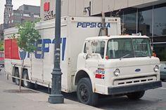 Image Gallery old pepsi trucks Big Rig Trucks, Old Trucks, Drink Delivery, Sterling Trucks, Classic Trucks, Classic Cars, Pepsi Cola, Truck Camper, Vintage Trucks
