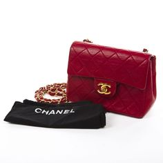Buy your timeless leather mini bag Chanel on Vestiaire Collective, the luxury consignment store online. Pre-owned Red Timeless leather mini bag Chanel in Leather available. Chanel Handbags 2017, Louis Vuitton Handbags, Vuitton Bag, Chanel Bags, Designer Handbags, Chanel Mini Square, Red Bags, Vintage Handbags, Mini Bag