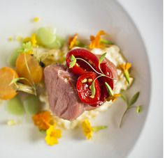 At LONGMAN & EAGLE, there's an emphasis on sourcing the finest local ingredients the region has to offer - farm to table, nose to tail inspired. Greens Restaurant, Chicago Restaurants, Organic Recipes, Bakery, Beef, Eagle, Inspired, Food, Cafes