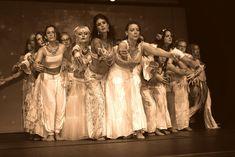 Die TanzDichFrau Show. Magisch, weiblich, wundervoll