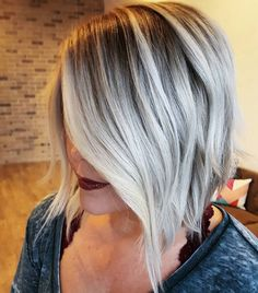 《 Blonde Transitions 》 Bored with your blonde? Add some depth & color melt for fall!