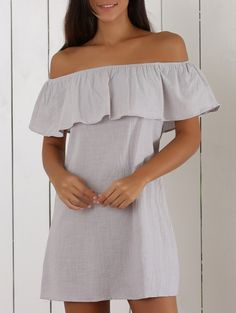 SHARE & Get it FREE | Ruffles Spliced Off The Shoulder Solid Color DressFor Fashion Lovers only:80,000+ Items • New Arrivals Daily Join Zaful: Get YOUR $50 NOW!