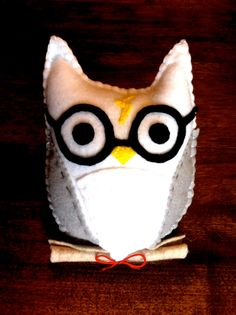 Harry Potter & Hedwig Felt Owl by KraftieswithKristoff on Etsy