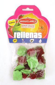 """Las Jellies rellenas """"Línea 0"""" se presentan en bolsas de 125 gramos, en el clásico formato de la """"carterita"""". Estas, concretamente, son fresas salvajes. La línea 0 de Migueláñez es una de las más saludables del mercado pues no tiene colorantes artificiales, es sin gluten, sin huevo y sin lactosa, es decir, apta para el consumo por personas con alergias e intolerancias alimentarias a estos ingredientes."""
