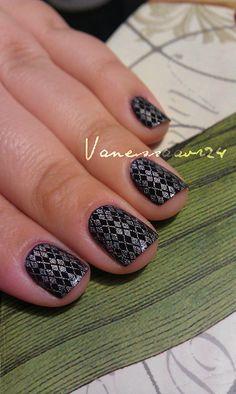 Black with silver pattern diamond Konad stamp. Love argyle!