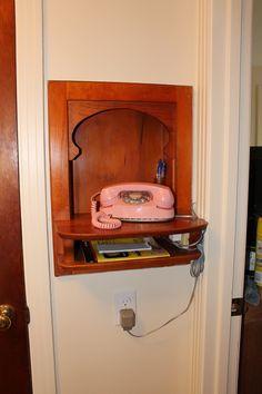 Hallway telephone nook