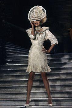 Christian Dior Spring 1998 Couture Fashion Show - Eva Herzigova