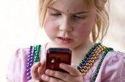 M-Learning: aprender a través del móvil | EROSKI CONSUMER. Los dispositivos móviles suponen múltiples posibilidades de actuación pedagógica en el ámbito educativo M Learning, Crochet Necklace, Digital, Trends, Crochet Collar