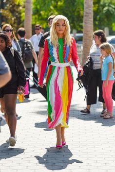 Rita Ora In Prabal Gurung – 'Extra' Zendaya Coleman, Prabal Gurung, Rita Ora, Celebs, Celebrities, Oras, Red Carpet Fashion, Style Icons, Nice Dresses