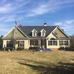 New certainteed landmark being installed, happy customers! Call us for all your roofing needs! Drake, Exterior, Mansions, House Styles, Happy, Pictures, Home Decor, Mansion Houses, Photos