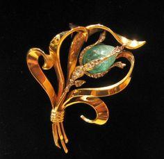 Brooch 1945/1950, yellow gold emerald and diamond