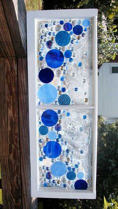 Don't think it would be a good idea to do mosaic right on the glass. Could break with the added stress Glass Garden Art, Sea Glass Art, Stained Glass Art, Mosaic Art, Mosaic Glass, Fused Glass, Window Pane Art, Mosaic Windows, Stained Glass Projects