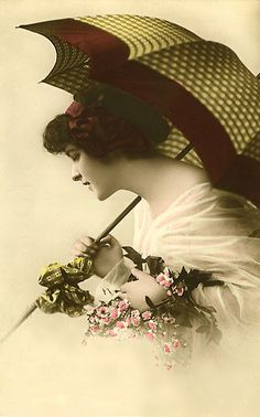 All Free Vintage Stuff~8 Parasol Fashions:  Parasols were fashionable for ladies throughout the postcard era. Postcard producers were quick to use the parasol as a theme with a lovely lady.