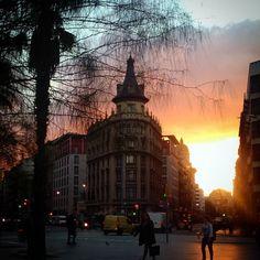 Plaça Universitat #Barcelona #sunrise