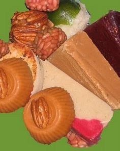 Mouthwatering candy de cajeta and nuez! Very appetizing mexican candies.