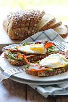 This open-faced breakfast sandwich is a quick and easy fix for mornings or brunch with chilled guacamole spread, crisp bacon and sunny side ...