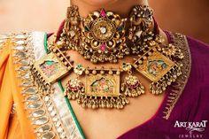 Padmavati by Art Karat: The statement necklace. Antique Jewellery Designs, Fancy Jewellery, Royal Jewelry, Gold Jewellery Design, Trendy Jewelry, Fashion Jewelry, Gold Jewelry, Jewelry Ideas, Indian Jewelry Sets